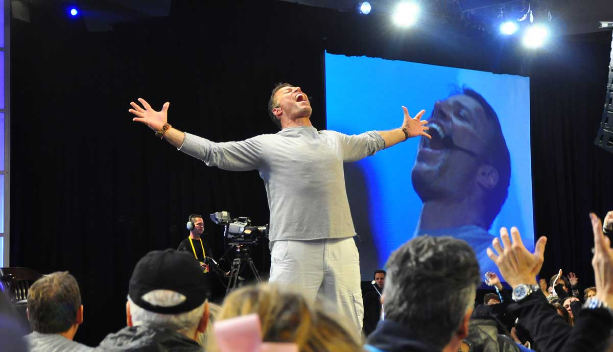 Tony Robbins Motivational Speeches Videos And Seminars
