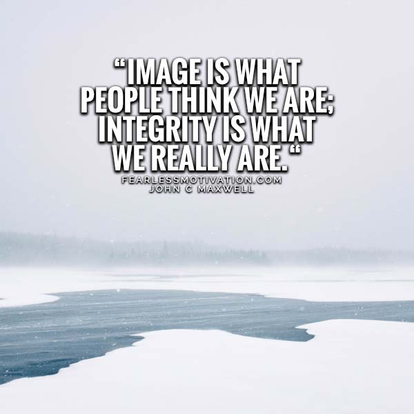 8 Amazing Integrity Quotes to Always Do the Right Thing