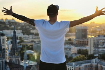 The Astonishing Power of Big Dreams: How You Can 10X Your Goals