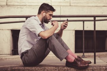 Addicted to Your Phone? 4 Ways It's Ruining Your Life